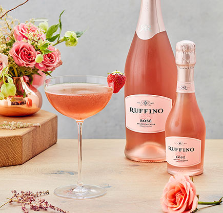 Ruffino cocktail-strawberry-sparkler