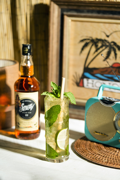 Sailor Jerry Grilled Apple and Pear Mojito