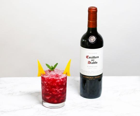 Casiellro del Diablo Blood-Red Bourbon Smash