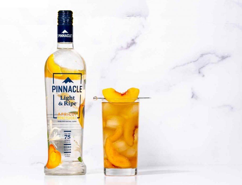 Pinnacle Light & Ripe Apricot Honeysuckle Green Tea
